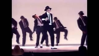 Michael Jackson - Dangerous - Live at AMA's 1993 - [HD]