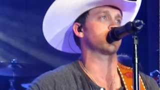 Justin Moore- Run Out Of Honky Tonks