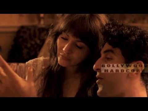 Anushka Sharma's HOT Kissing Scenes with Ranbir Kapoor in
