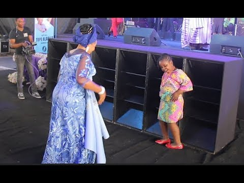 Xxx Mp4 See This Little Girl That Challenge Tope Alabi Into Dance Competition At The Praise Almighty Concert 3gp Sex
