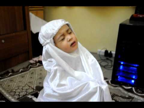 Alhamdulillah Funny 2 year old Insyirah reading al fatihah for Ibrahim