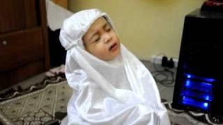 #TabarakAllah# Funny 2 year old Insyirah reading al-fatihah for Ibrahim~