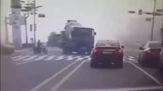 Cc tv recording of Canada       Accident  (Nirankari maharaj ji)