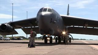 USAF B 52 Bomber touches down in Darwin