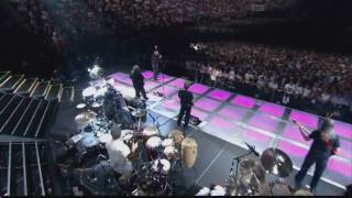 PHIL COLLINS - you can't hurry love // two hearts - Paris 2004 (HD)