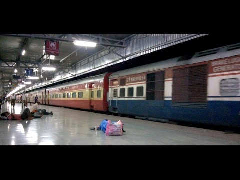 Xxx Mp4 Night Coverage Of Various Trains At KOTA Junction Indian Railways 3gp Sex