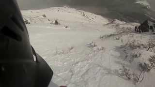 Sliding makes small avalanche