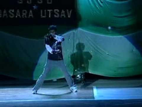 Michael Jackson 2000 watts dance