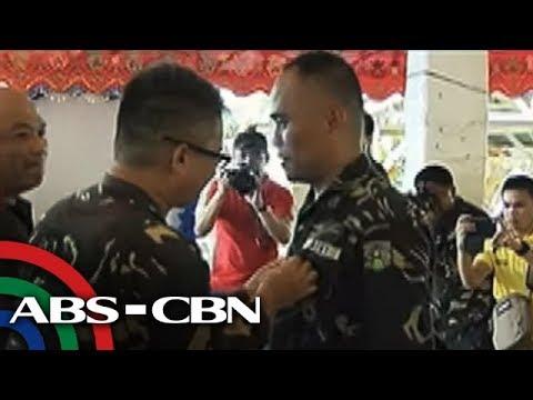 TV Patrol: Ilang sundalong unang rumesponde sa Marawi, pinarangalan
