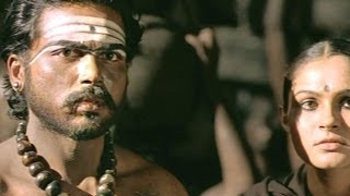 Yuganiki Okkadu Scene - The King Discovers That Muthu Is The True Messenger - Karthi Sivakumar