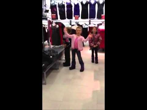 Xxx Mp4 My Grand Daughters Out With Their Mom In The Clothing Store 3gp Sex