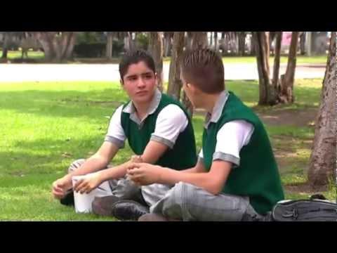 SERGIO UN ADOLESCENTE GAY FRENTE AL BULLYING