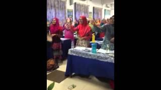 Lagu fonik Abu Ada Ayam