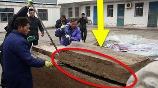 Construction Workers Make A Once In A Lifetime Discovery While Digging Underground