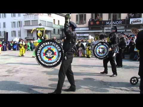 D 19 Les Guggenmusiks au Carnaval de Monthey VS CH.