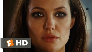 Wanted (6/11) Movie CLIP - Wesley's First Curved Bullet (2008) HD