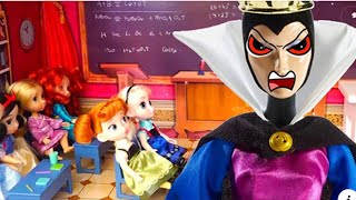 The Evil Queen Disguises Herself as a Teacher to Bully Snow White - Stories With Toys & Dolls