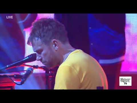 Gorillaz - Souk Eye (Live Lyrics)
