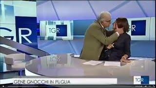 ممثل إيطالي يقبّل مذيعة البرنامج دون إذنها خلال بث مباشر
