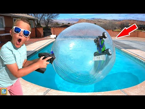 RC CAR DRIVING ON WATER INSIDE GIANT BUBBLE BALL