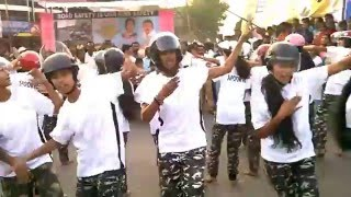 Flash Mob on Road Safety by Apoorva College students...