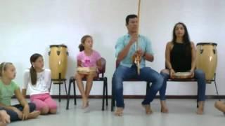 Aula formação da Bateria, Capoeira Regional de Mestre Bimba, Madeira Boa.