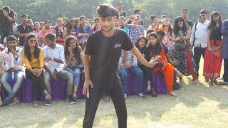 Mere samne wali khidki mein | performed by Rudra | Maharaja Agrasen college | DU