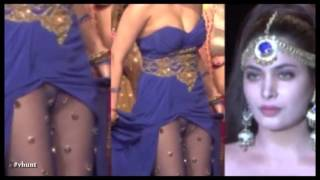 Bollywood Top 5 Dirtiest Wardrobe Malfunctions