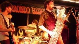 Café Flesh Live @ Mondo Bizarro Rennes 7/09/2012 (Kfuel Show) 1/2