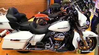 2017 Harley Davidson Ultra Limited Blanc Custom Bike - Walkaround - 2017 Montreal Motorcycle Show