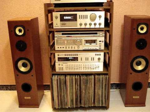 Gradiente Model 246 e caixas Artiaudio Opus 63 LE série III reproduzinho som de vinil