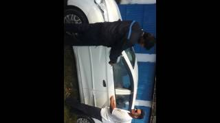 How to unlock the car door without key on hyundai eon car