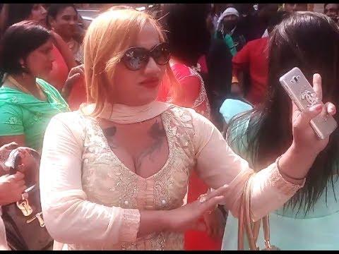Xxx Mp4 Kinnar Dance Nainan Me Shyam Samaay Gayo हिजड़े का सेक्सी डांस 3gp Sex