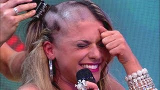Babi Panicat raspa cabelo ao vivo (Pânico na Band)
