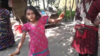dhum tana tana na Jibon take hoy ni jana........ Asha...