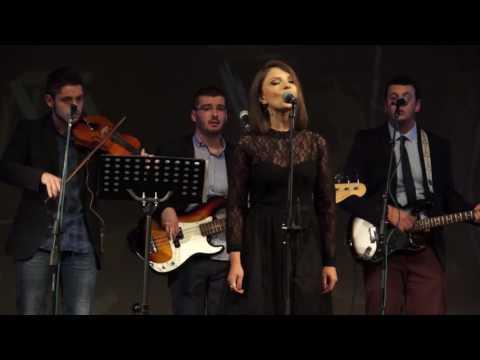Sto Se Culo Nane - Martina Kostova  i Ansambl Bljana (Koncert 2016)