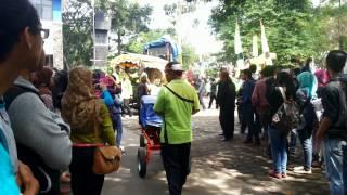 ISBI Bandung arak-arakan
