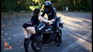 QUAND LE TWERK RENCONTRE LA MOTO ! 😏