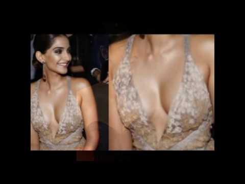kajal agarwal showing her boobes