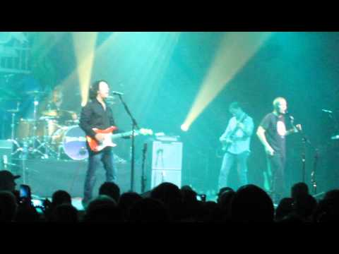 Mad World - Tears For Fears Live Austin TX 2014