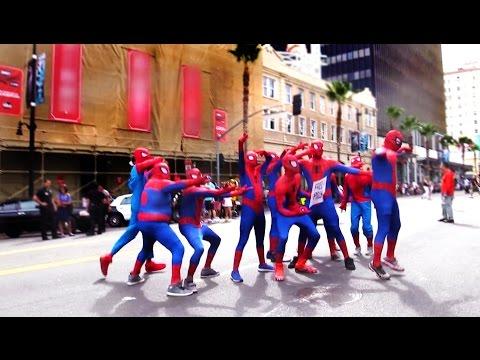 Army of Spidermans Photo Bomb PRANK