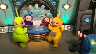 Teletubbies Noo Noo Sucks Up Toast! Cleaning Up! Tubby Toast