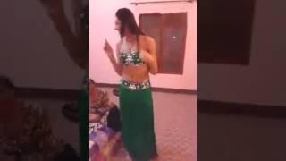 Sexy Girl Mujra....  Desi Look