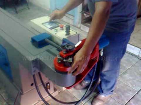 Tecnomaq Curvadoras curvadora 2D compacta