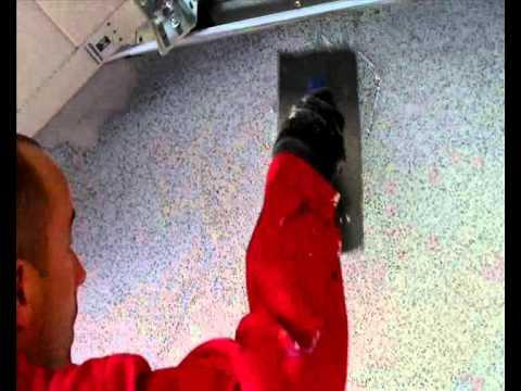 Nakładanie tynku mozaikowego GRAMAPLAST 01