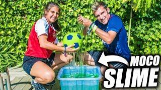 BALÓN RELLENO de SLIME/MOCO VS de AIRE!! - Experimento de Fútbol