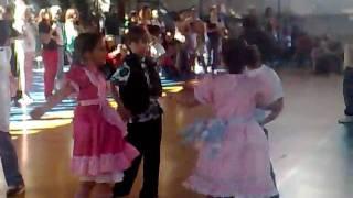 dança no forrobodó.mp4