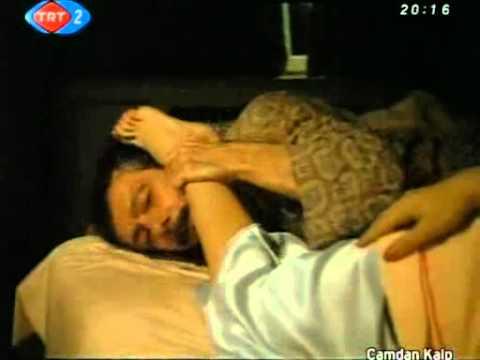 Cmdn Klp foot kiss