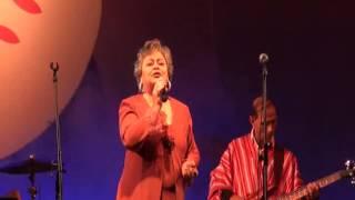 Betty Figueredo-  Regalo de Amor de Mauricio CArdozo Ocampo, en CDE