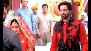 Ghulam: Rangeela slapped by Veer